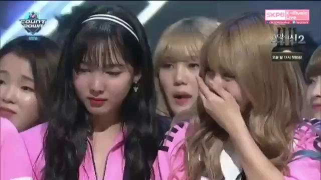 TWICE giành No.1 trên M! Countdown 5/5