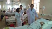Clip: giám đốc bắt bệnh cán bộ, đưa bệnh viện lột xác.