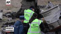 Hà Lan thu gom các mảnh vỡ máy bay MH17