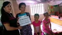 Hơn 275 triệu đồng tiếp tục đến với gia đình chị Bùi Thị Hưng