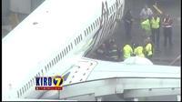 """Mỹ: Máy bay hạ cánh khẩn cấp vì có người """"ngủ quên"""" trong khoang chứa hàng"""