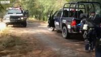 Mexico: Cảnh sát và băng đảng đấu súng, 43 người thiệt mạng