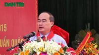 GS.TS Nguyễn Thiện Nhân chia sẻ với thầy và trò trường THCS Nam Từ Liêm
