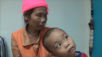 Em bé 6 tuổi mang bệnh tan máu bẩm sinh bị bố mẹ bỏ rơi