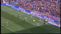 Suarez mở tỉ số cho Barcelona trước Valencia