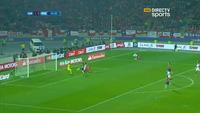 Medel phản lưới nhà giúp Peru gỡ hòa 1-1 trước Chile