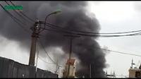 Hà Nội: Cháy lớn tại kho chứa ô tô