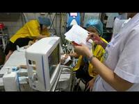 Chăm sóc bệnh nhi mắc sởi tại BV Bạch Mai