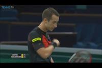 Djokovic khởi động với chiến thắng nhẹ nhàng