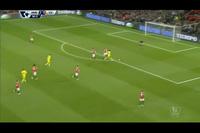 4. Pha cản phá của De Gea ở phút 67
