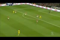 6. Pha cản phá của De Gea ở phút 87