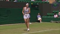 """Sharapova """"đi giật lùi"""" vào vòng ba"""