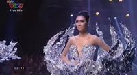 2 quán quân Vietnam's next top model 2015 - Quang Hùng và Nguyễn Oanh.