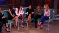Kendall và Kylie Jenner tiết lộ về cuộc sống riêng