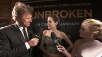 Angelina Jolie xinh đẹp khi trả lời phỏng vấn