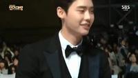 """Cặp sao """"hot"""" của Hàn Quốc lộ ảnh hẹn hò"""