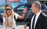 Ngôi sao bị tâm thần Amanda Bynes xuất hiện tại sân bay