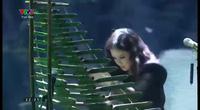"""Hà Duy - Dương Hoàng Yến ấn tượng với """"Chiếc khăn piêu"""" trong đêm chung kết"""