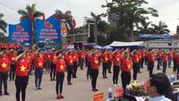 Thanh niên Thái Nguyên nhảy flashmob ra quân mùa hè tình nguyện 2015