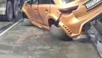 Infiniti FX tông trực diện Ford Mondeo