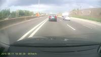 Đừng lạng lách trên đường cao tốc!