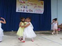 Trẻ em nghèo Bạc Liêu vui Tết Trung thu