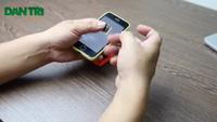 iPhone 5C khoá mạng Nhật trừ 2.500 đồng sau mỗi lần tắt mở máy