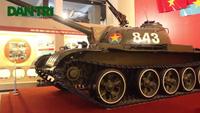 """""""Gặp lại"""" chiếc xe tăng T54B-843 húc đổ cổng Dinh Độc lập năm 1975"""