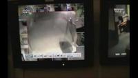 Video về bóng ma bí ẩn được camera giám sát ghi lại