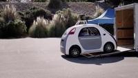 Video về chiếc xe tự lái của Google ra mắt vào tháng 12 năm ngoái