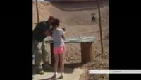 Mỹ: Bé gái 9 tuổi vô tình bắn chết huấn luyện viên bắn súng