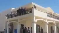 Phiến quân Hồi giáo chiếm đại sứ quán Mỹ tại Libya