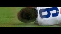 Mandzukic đổ máu sau pha thúc cùi chỏ của Sergio Ramos