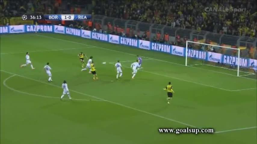 Reus hoàn tất cú đúp, Dortmund dẫn Real 2-0