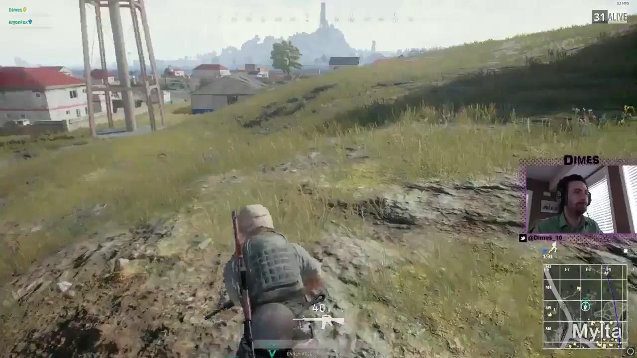Chết cười tựa game cho phép bạn dùng chảo rán để bảo vệ mông khỏi đạn bắn