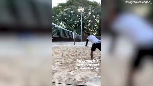 neymar-stays-in-brazil-to-take-part-in-beach-football-tournament-daily-mail-online-15628170776811526824688-f4ce5.jpg
