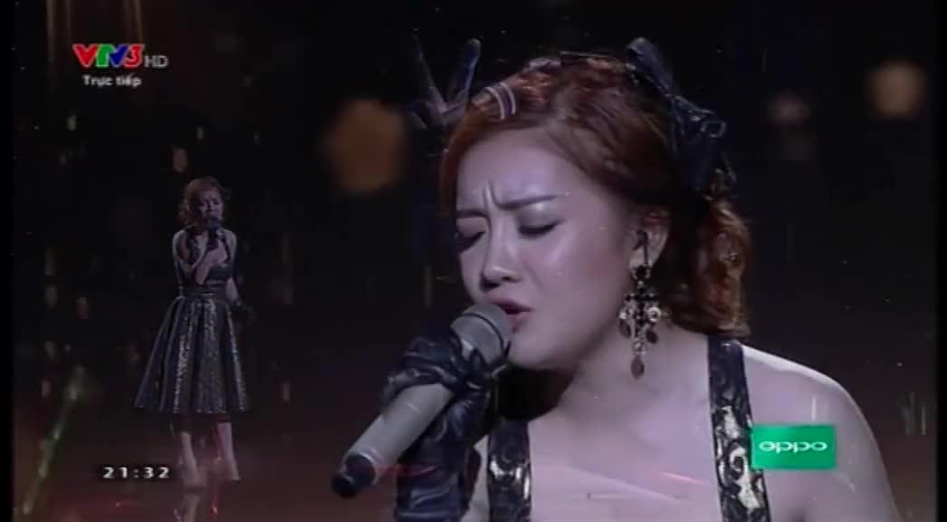 """Giọng hát Việt: """"Giây phút cuối"""" - Hạ Vy"""