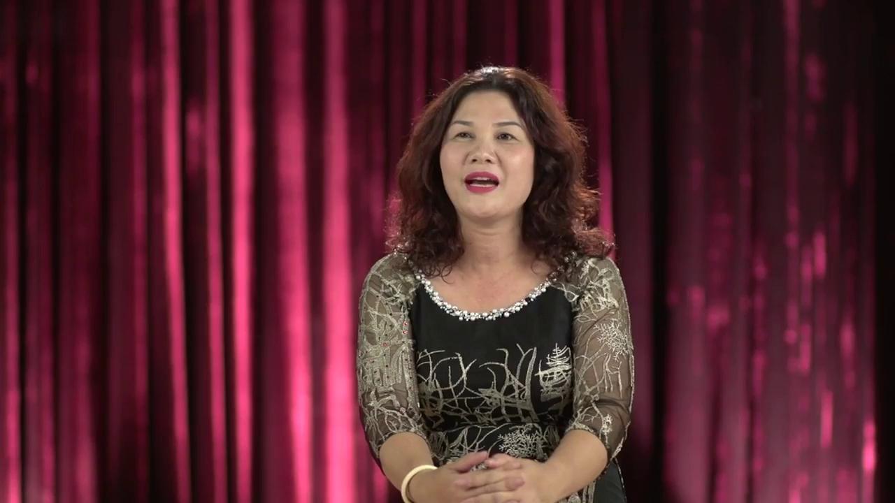 Hoa Khôi Áo Dài: Mẹ Anh Thư và Ngọc Huyền chia sẻ cảm xúc khiến con gái bật khóc