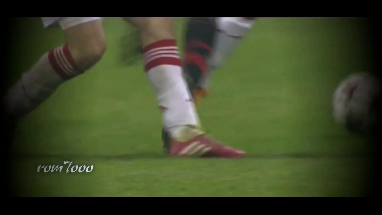 Những kỹ năng đi bóng và ghi bàn tuyệt vời của Balotelli - VIDEO - 154170