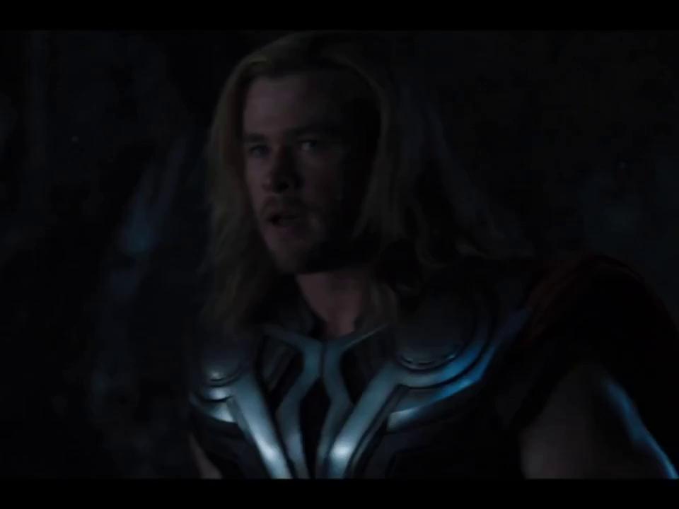 Trận chiến giữa Iron Man và Thor