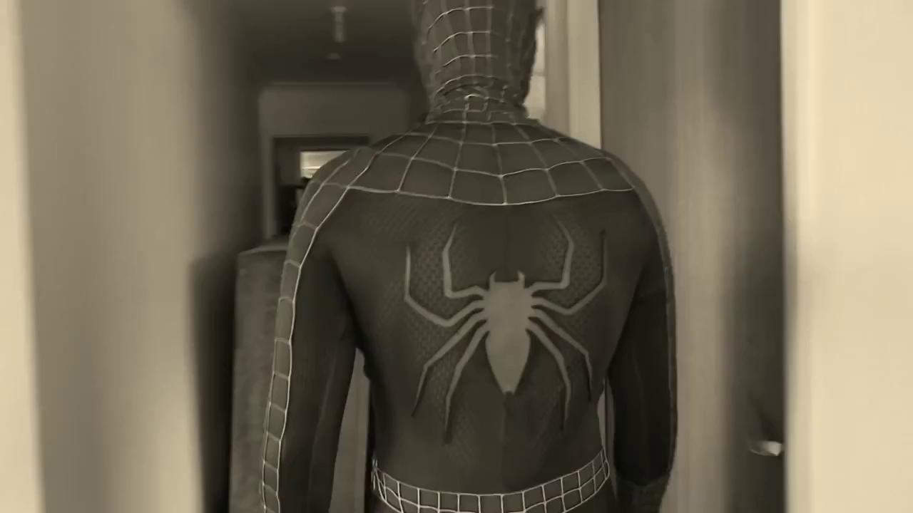 """Khi Thor chơi khăm """"thánh nhọ"""" Spiderman"""