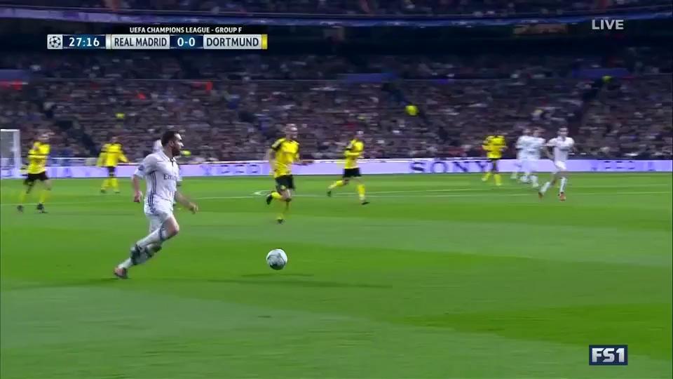 Thua bàn kỳ lạ phút 88, Real Madrid mất ngôi đầu bảng