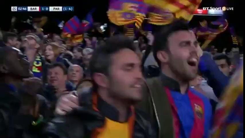 Lionel Messi tri ân tác giả bức ảnh đẹp trận thắng PSG