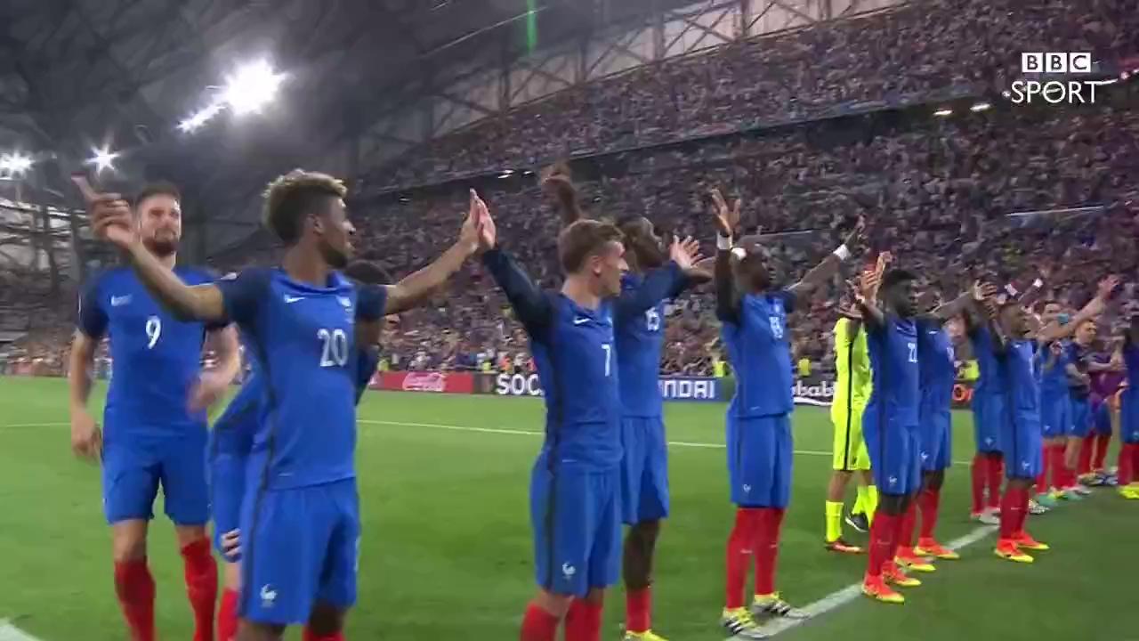 Bắt chước Iceland, Pháp ăn mừng điệu Viking