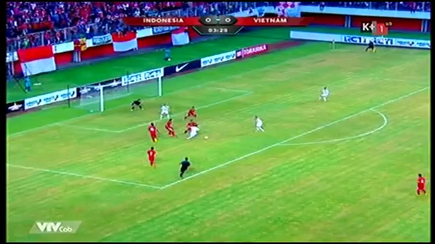 Xem hiệp 1 trận Indonesia - Việt Nam: Bất phân thắng bại