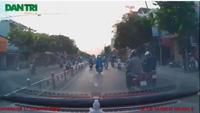 Video hai đối tượng cướp giật tài sản táo tợn trên phố