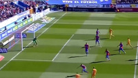 Navarro phản lưới, Barca dẫn Levante 1-0