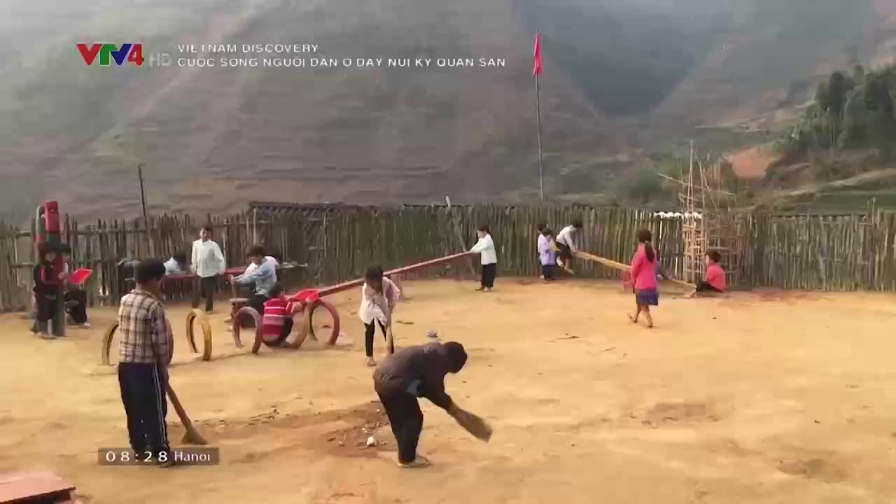 Vietnam Discovery: Life of people in Ky Quan San mountain