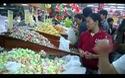 Đổ xô đi siêu thị sắm Tết