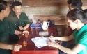 Trao quà cho gia đình bé Sa tại thôn 10, xã Hòa Bắc (Di Linh)